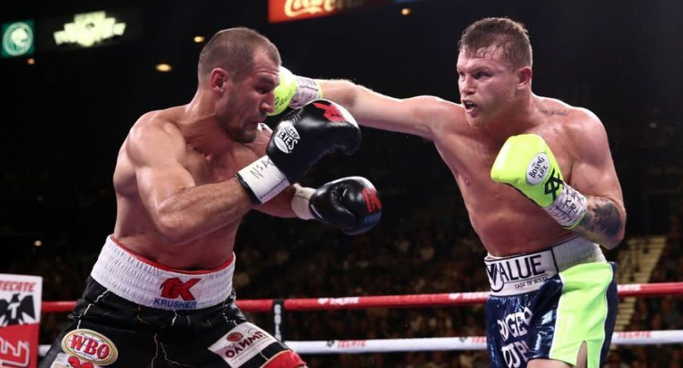 Saúl 'Canelo' Álvarez noqueó a Sergey Kovalev en el round 11 y ganó el título de peso semipesado de la OMB. (ESPN)