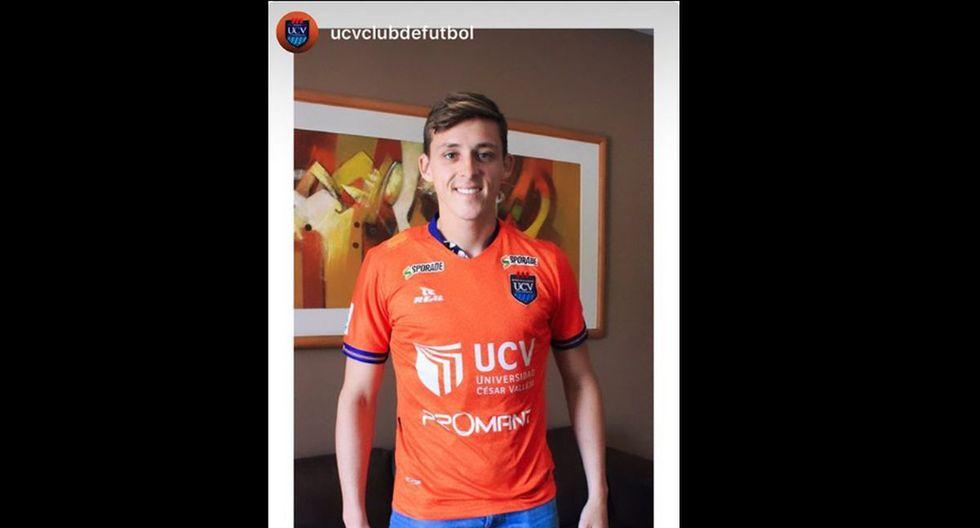 Patrick Zubczuk luce la camiseta de César Vallejo. (Foto: Captura?