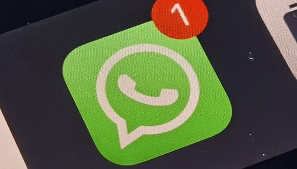 Conoce el verdadero truco para evitar que se muestre el contador de mensajes de WhatsApp. (Foto: Depor)