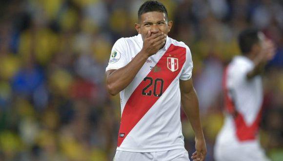 Flores disputó 72 minutos del Perú-Brasil disputado en Estados Unidos. (Foto: AFP)