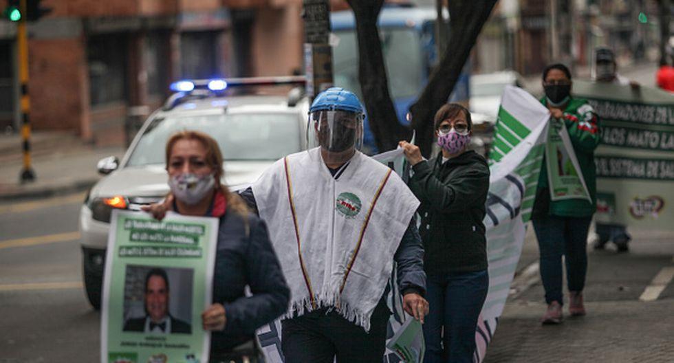 El coronavirus en Colombia ha dejado protestas de trabajadores de salud quienes reclaman equipos de protección. (Foto: Getty Images)