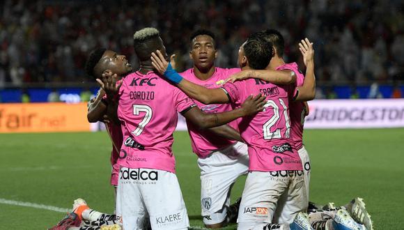 ¡Grito de campeón! Independiente del Valle derrotó 3-1 a Colón en Asunción y levantó la Copa Sudamericana 2019. (Getty)