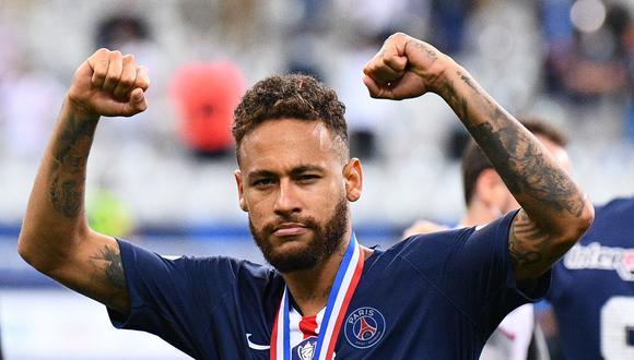 Neymar  sorprende con una serie de definiciones antes de viajar a Portugal. (Foto: AP)
