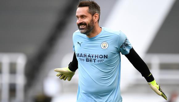 Scott Carson volvió a jugar en la Premier League después de 10 años. (Foto: EFE)