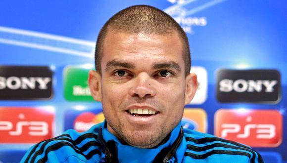 Pepe actualmente milita en el Porto, equipo donde se encuentra disputando su tercera temporada. (Foto: Agencias)