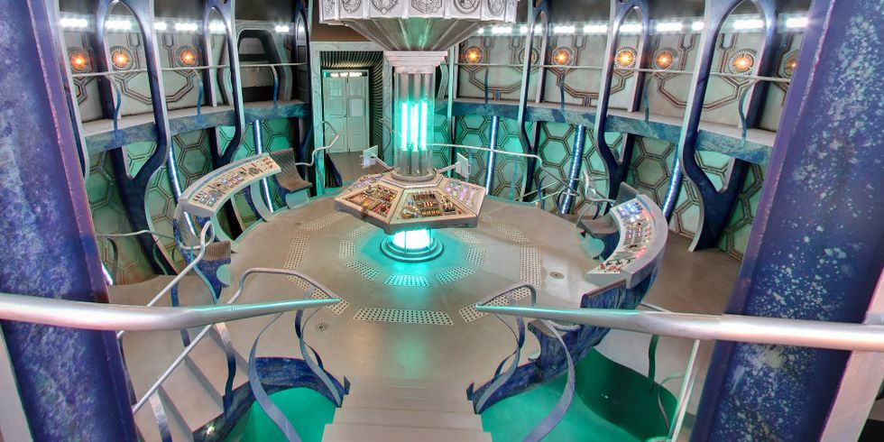 Google lets you see inside the TARDIS from Doctor Who, the time machine in the shape of a phone booth. (Photo: Google)