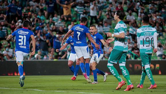 Cruz Azul vs. Santos Laguna jugaron por la final de la Liga MX 2021 este jueves (Foto: Getty Images)