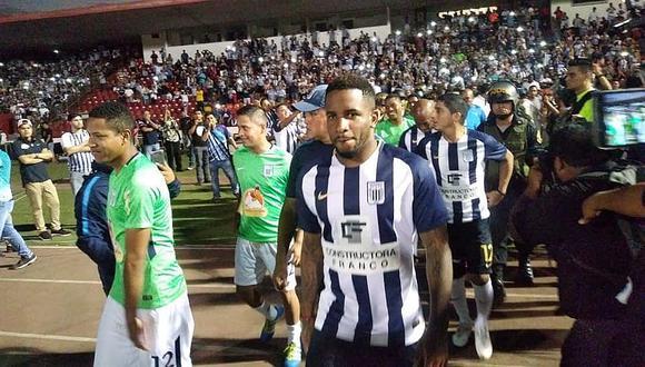 Jefferson Farfán jugará en Alianza Lima (Foto: Facebook)