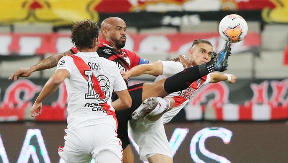 River Plate y Atlético Paranaense igualaron 1-1 por los octavos de final de la Copa Libertadores. (Reuters)