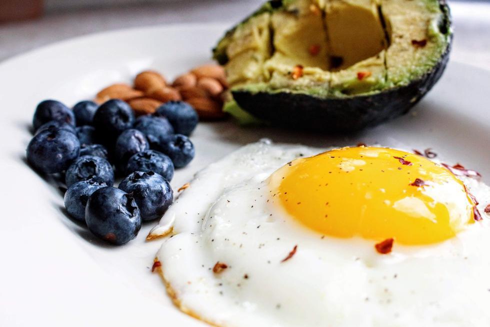 """Si acompañamos la actividad física diaria con una <a href=""""https://depor.com/vida-sana/desayuno-saludable-errores-que-debes-evitar-para-comer-sano-recetas-mexico-espana-estados-unidos-eeuu-usa-nnda-nnni-noticia/""""><font color=""""blue"""">alimentación balanceada</font></a>, podremos llegar con la masa muscular intacta al fin de la cuarentena. (Foto: Pexels)"""