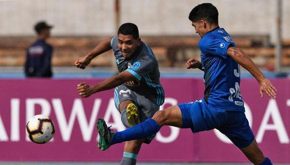 Un gol del internacional Frank Feltscher encendió la luz del venezolano Zulia FC ante el peruano Sporting Cristal, al decidir una victoria casera 1-0 en la ida de los octavos de final de la Copa Sudamericana 2019. (Foto: AFP)