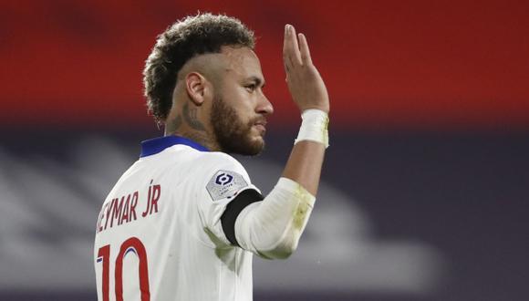 Neymar se despidió del cantante brasileño Mc Kevin. (Foto: Reuters)
