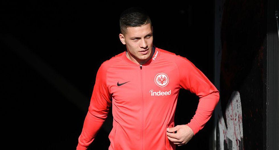 Luka Jovic juegan en el Frankfurt cedido por el Benfica de Portugal. (Getty)