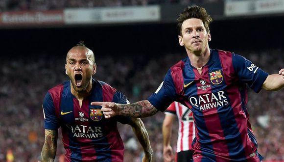 Dani Alves le gana a Lionel Messi y lo recordó en Instagram (Foto: AFP).