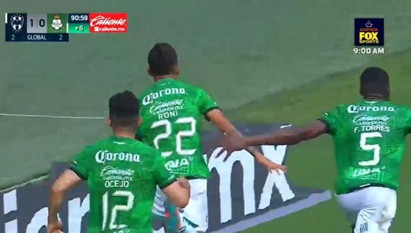 El gol de Prieto para el 1-1 de Santos Laguna vs. Monterrey. (Fuente: Fox Sports)