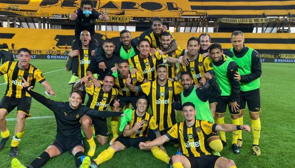 Peñarol venció 3-2 a Nacional y se quedó con el Clásico de Uruguay. (Twitter Peñarol)