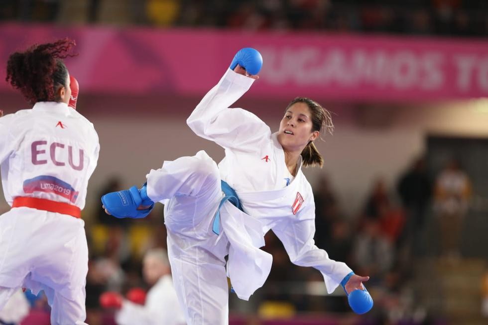 Así fue el primer combate de Alexandra Grande en la modalidad kumite. (Foto: Violeta Ayasta / GEC)