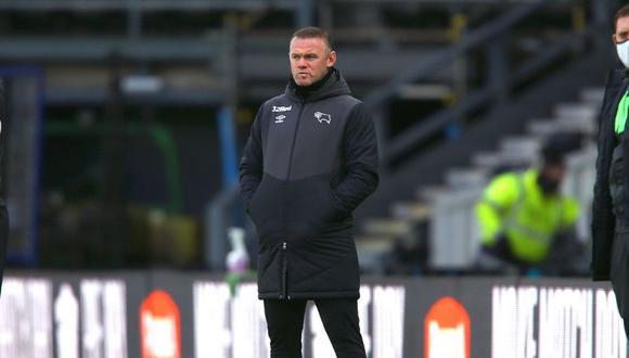 Wayne Rooney sufre revés en su debut oficial como DT  (Foto: @dcfcofficial)