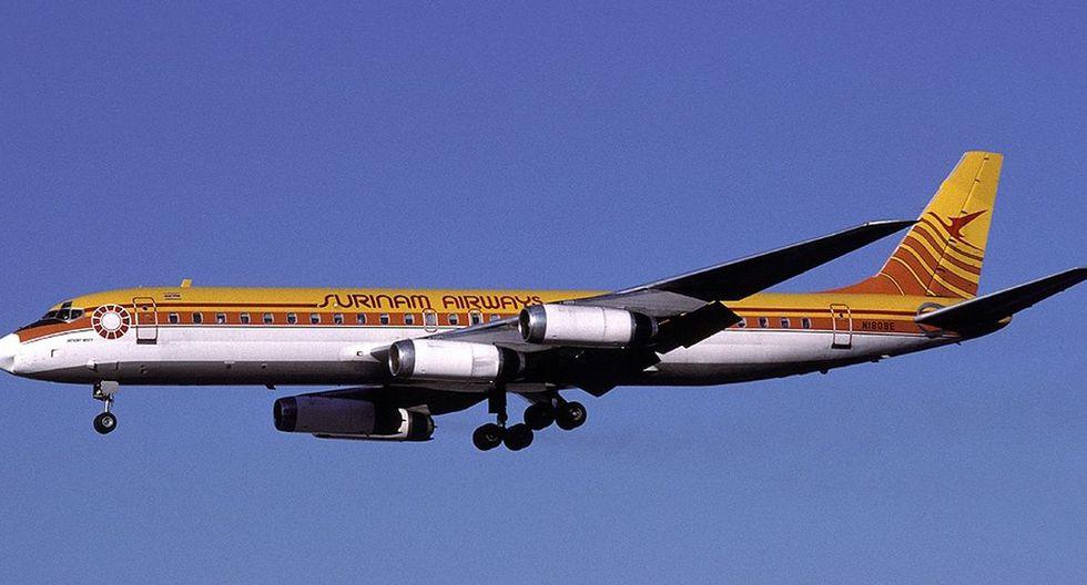 El 7 de junio de 1989, un DC-8 de Surinam Airways que llegaba de Amsterdam se estrelló al aterrizar en la capital de Surinam, Paramaribo. (Google)