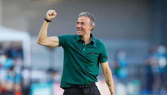 España clasificó a octavos de final de la Eurocopa tras golear a Eslovaquia. (Getty)