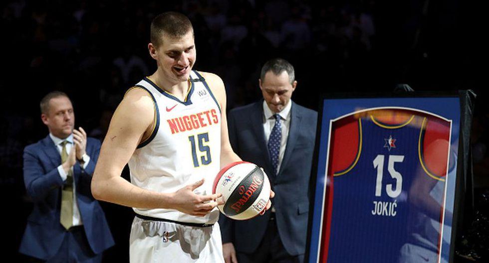 Nikola Joikic de Denver Nuggets para el Team LeBron. (Getty Images)