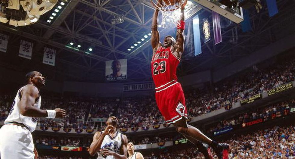 Documental sobre Michael Jordan se adelantó y será estrenado el 20 de abril en Netflix. (Getty Images)