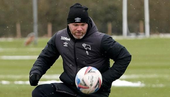 Wayne Rooney manifestó estar en contra del uso del VAR en la Premier League. (Foto: Derby County)