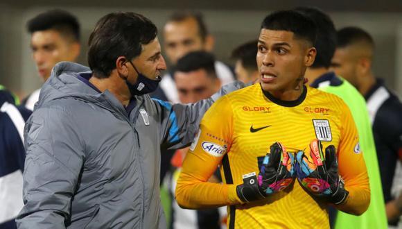 Campos atajó tres penales en el Alianza Lima vs. Santa Rosa. (Foto: Liga 1)