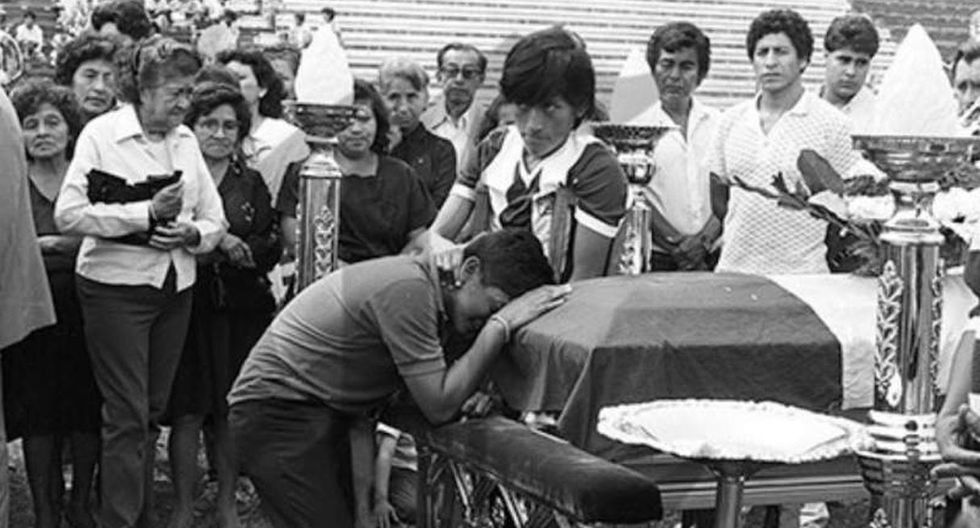 El 8 de diciembre de 1987, 43 personas murieron después de que el avión en el que viajaba el Alianza Lima tras medirse al Deportivo Pucallpa por el torneo peruano cayera al océano Pacífico. (USI)