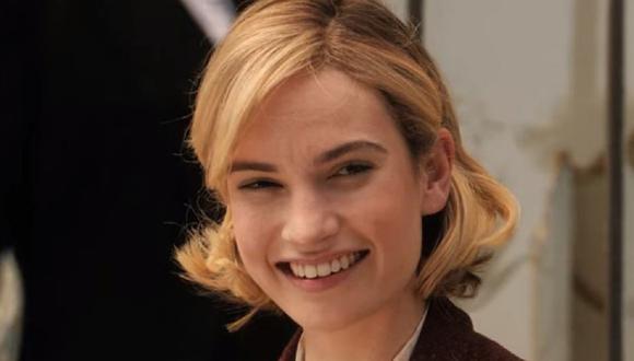 """Lily James es la encargada de interpretar a la segunda esposa de Maxim en """"Rebeca"""" (Foto: Netflix)"""