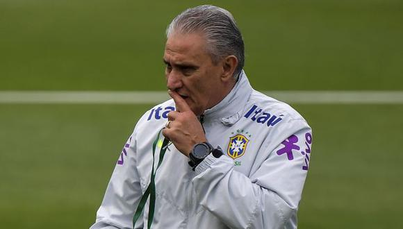 Tite se pronunció sobre la situación que vivió en Brasil. (Foto: AFP)
