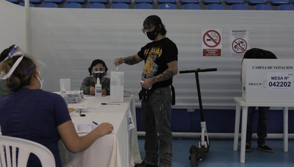 Los electores deberán cumplir con las medidas de bioseguridad por el coronavirus (Foto: Archivo GEC)