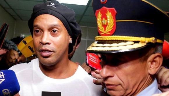 Ronaldiho fue liberado por la justicia paraguaya tras falsificación de pasaporte. (AP)