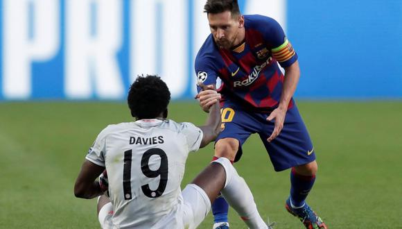 Alphonso Davies fue titular en la victoria del Bayern Munich ante Barcelona por Champions League. (Reuters)