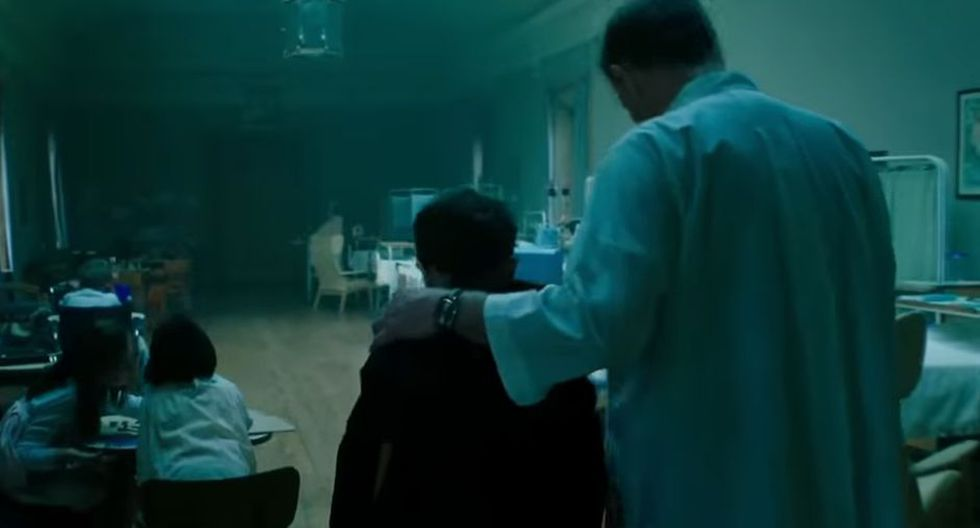 Michael Morbius junto al personaje de Jared Harris en el tráiler (Sony)