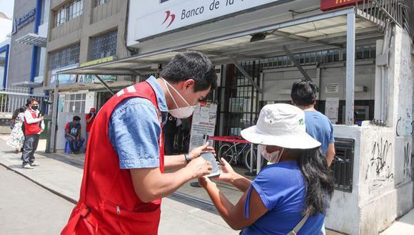 Para saber si eres beneficiario del bono puedes ingresar a bfu.gob.pe (Foto: Andina)