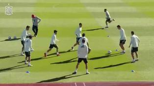 Selección española de fútbol  entrena antes de viajar a Kiev