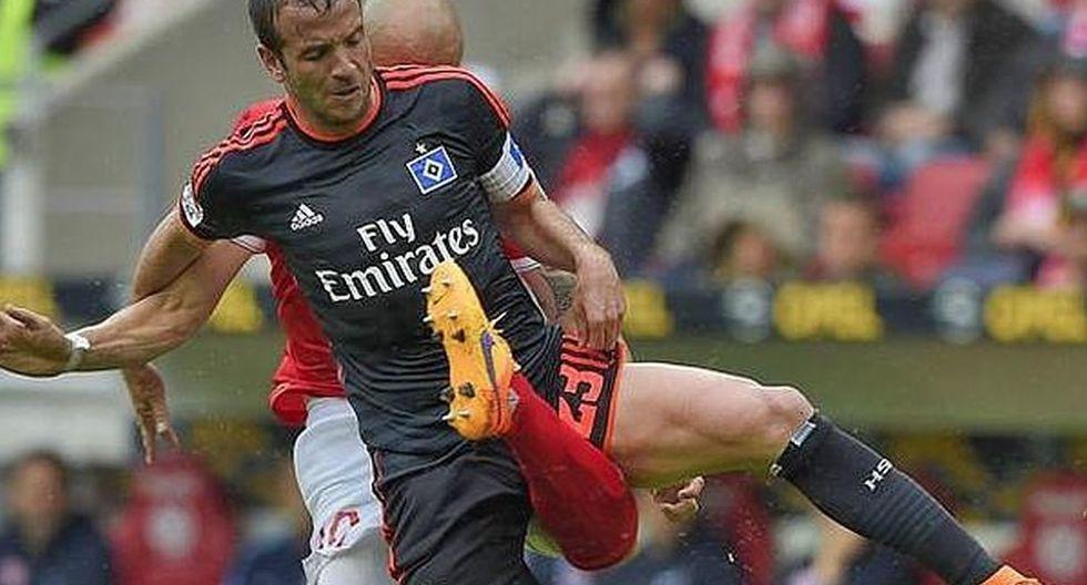 El colombiano Soto se rompió la pierna en un partido de la Bundesliga.