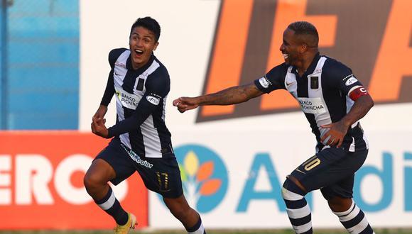 Jefferson Farfán no ocultó su alegría por el gol de Jairo Concha (Foto: Liga 1)