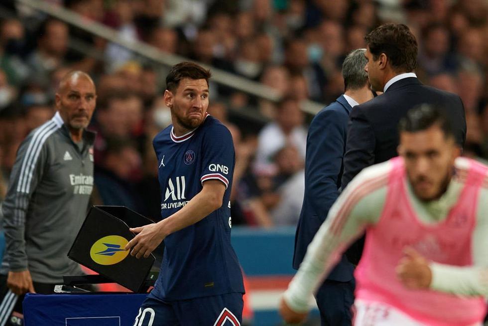 Lionel Messi y su reacción tras ser reemplazado por Hakimi. (Foto: Twitter)