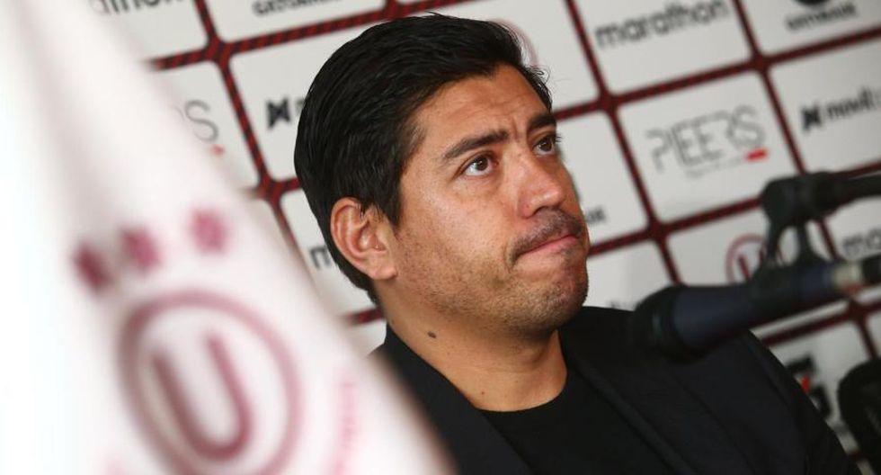 Nicolás Córdova se mantiene firme con el buzo crema. (GEC)