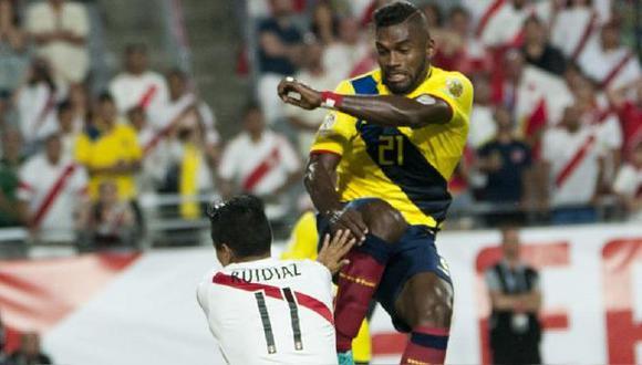 Achilier aún puede jugar en Alianza Lima. (Foto: Agencias)