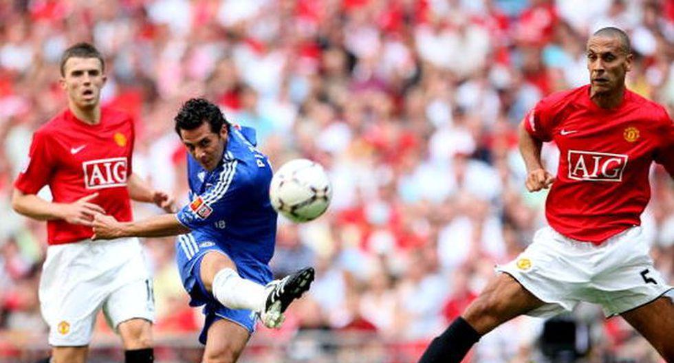Cuotas especiales de Claudio Pizarro y repaso por su carrera > En acción con el Chelsea.