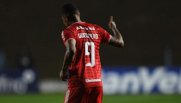 Paolo Guerrero sufre de tendiitis en al rodilla derecha, según la prensa brasileña. (Foto: SC Internacional)
