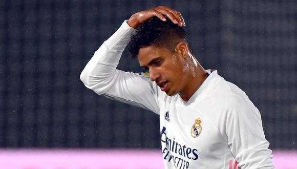 Raphael Varane sigue sin dar luces sobre su futuro con Real Madrid. (Foto: AFP)