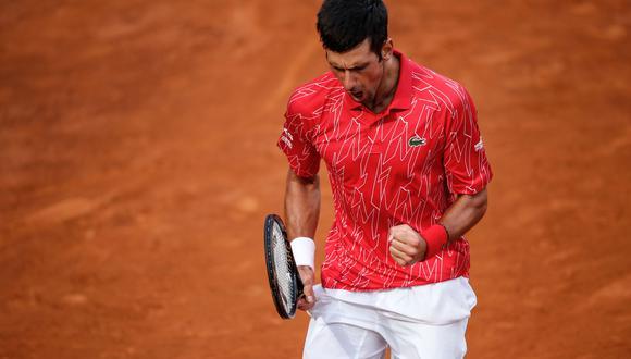 Novak remontó y se quedó con el título del 1000 de Roma. (AFP)