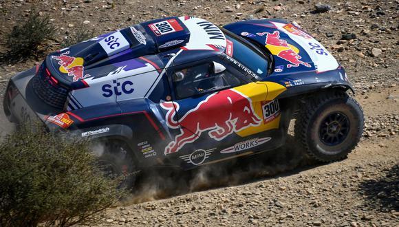 Carlos Sainz fue el vencedor de la primera etapa del Dakar 2021. (Foto: AFP)