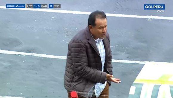 Juan Reynoso fue expulsado del partido en el primer tiempo de UTC vs. Real Garcilaso. (Captura)