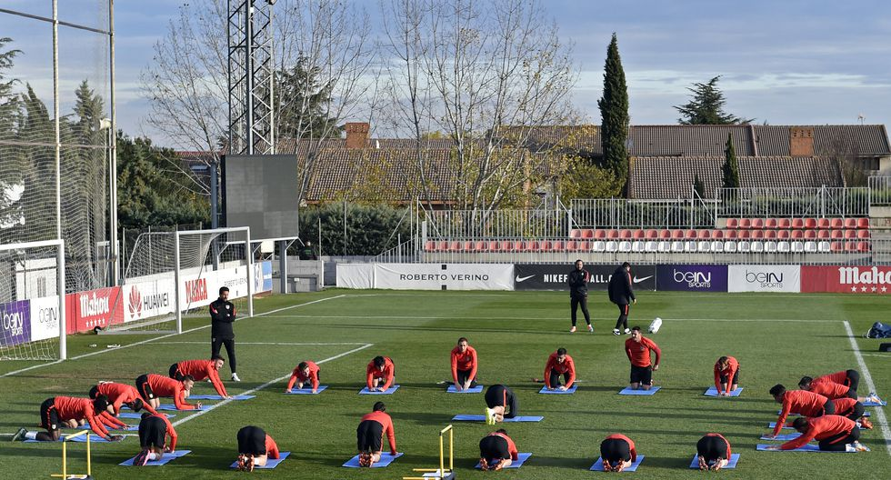 Los jugadores del Atlético se someterán este miércoles a test de descarte de COVID-19. Antes las instalaciones del complejo Cerro del Espino serán desinfectadas. (Foto: AFP)