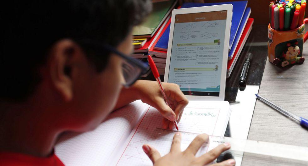 Desde este lunes, a partir de las 10 a.m., la educación llega a las casas de todos los los niños y adolescentes en edad escolar con la plataforma de 'Aprendo en Casa'. (Foto: Andina)